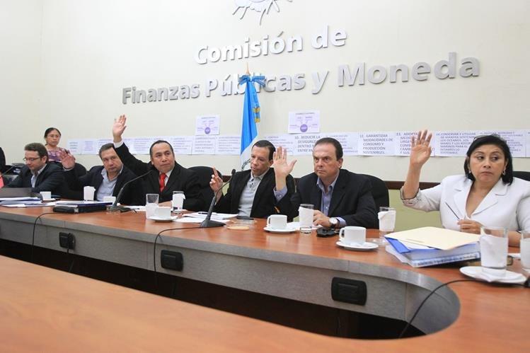 La Comisión de Finanzas del Congreso insiste en que el equipo de FCN-Nación debe llegar y explicar su propuesta de gasto. (Foto Prensa Libre: Hemeroteca PL)