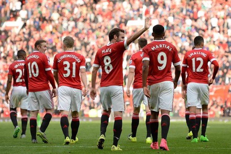 El United vapuleó al Sunderland este sábado. (Foto Prensa Libre: AFP)
