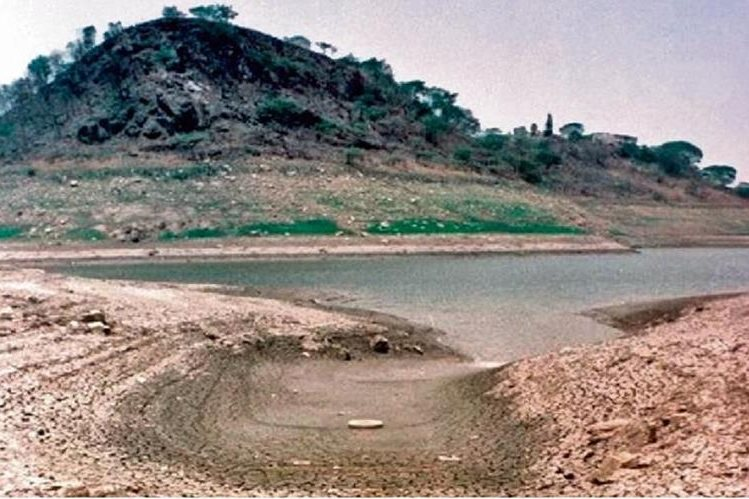 La represa Los Laureles está afectada por la sequía en Honduras. (EFE)