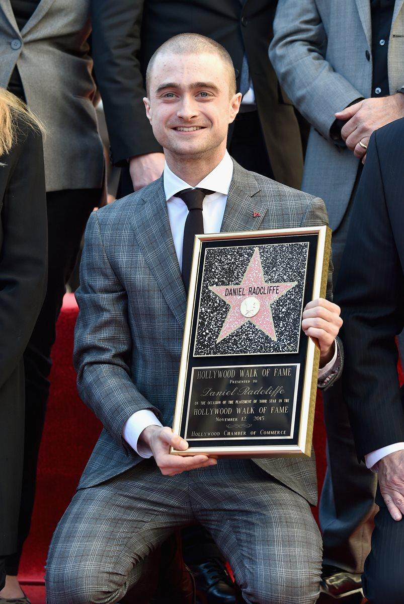 Radcliffe, junto a la estrella número 2 mil 565 (Foto Prensa Libre: AFP).