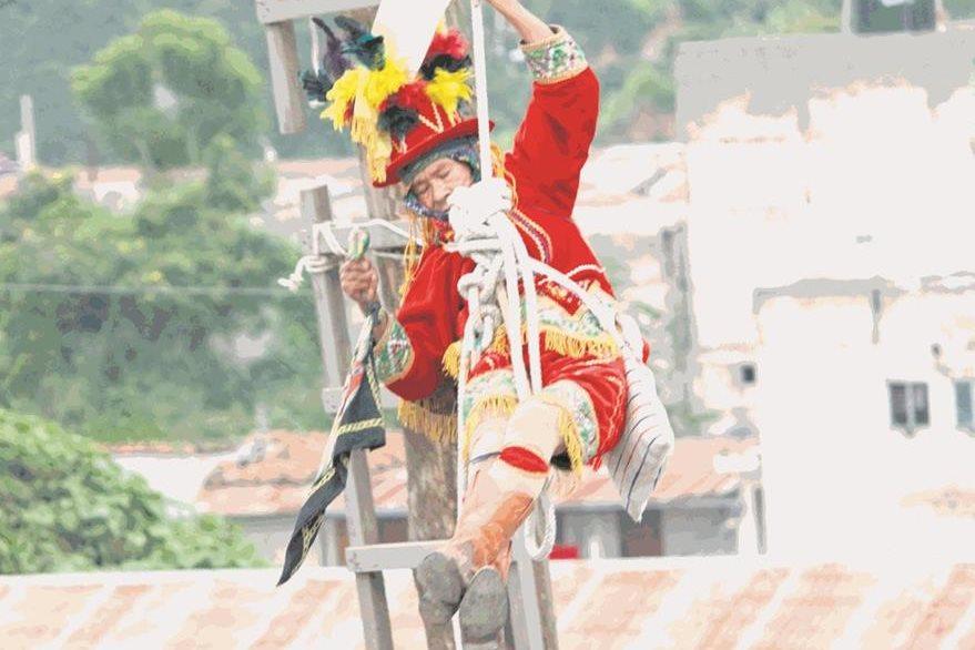 Palo volador, mencionado en el Popol Vuh. (Foto: Hemeroteca PL)