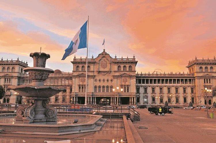 El Palacio Nacional de la Cultura es uno de los sitios más visitados por los turistas nacionales y extranjeros. (Foto Prensa Libre: Hemeroteca PL)