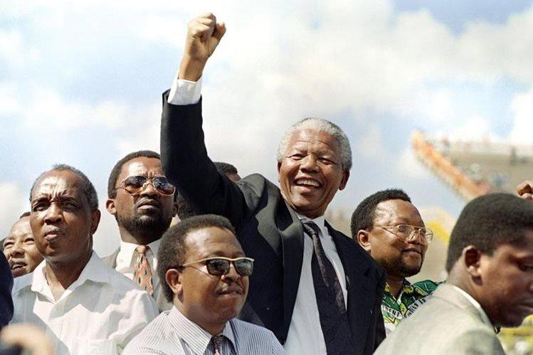 Nelson Mandela en marzo de 1994. (Foto: AFP)
