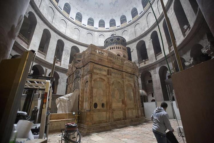El Santo Sepulcro es un lugar de peregrinaje. (Foto Prensa Libre: EFE)