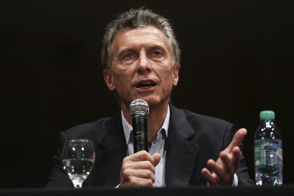 El presidente electo Mauricio Macri, habla en Buenos Aires, Argentina.