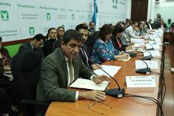 Ministro de Finanzas dice que su carta de renuncia sigue vigente