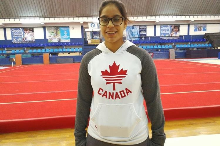 Ana Sofía Gómez disfruta de su nueva etapa como entrenadora de gimnasia. (Foto Prensa Libre: Francisco Sánchez).