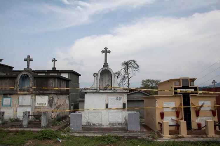 Área clausurada del Cementerio General. (Foto Prensa Libre: Conred)