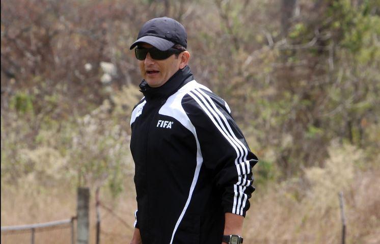 Ronald González confía que su equipo logrará el triunfo en el clásico 300 entre Comunicaciones y Municipal. (Foto Hemeroteca PL).