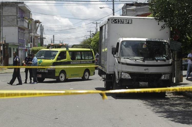 En la zona 5 fue atacado un camión repartidor de bebidas alcohólicas.
