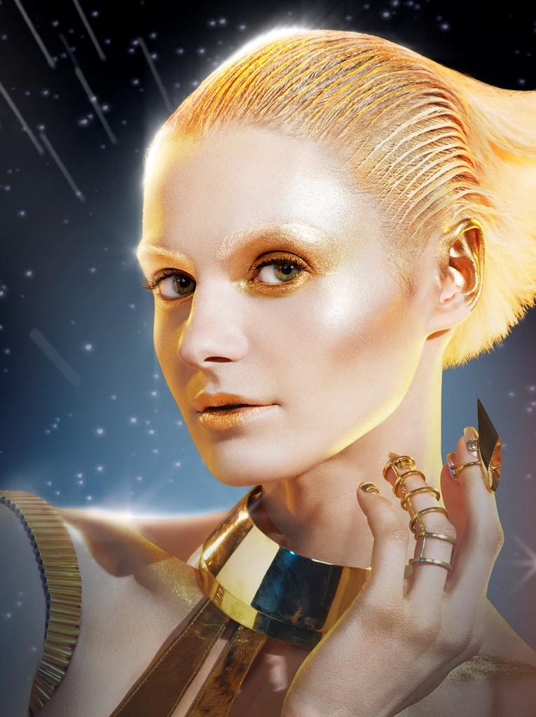 Jedi es la fuerza luminosa que invita a las mujeres a explorar su lado más glamuroso. (Foto Prensa Libre: EFE)