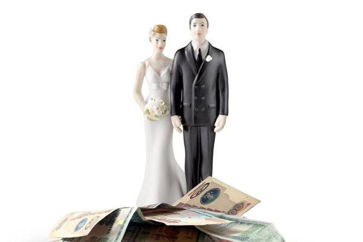 Las finanzas en el matrimonio son muy importantes. (Foto Prensa Libre: Hemeroteca PL)