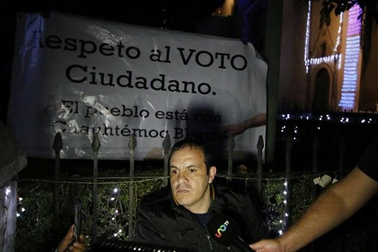 El exfutbolista mexicano Cuauhtemoc Blanco inició con el proceso de huelga de hambre. (Foto Prensa Libre: Twitter)