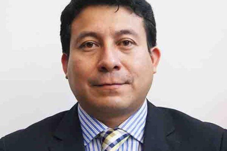 Diputado Melvyn Caná Rivera representante de Chimaltenango, renunció al bloque legislativo de la UNE. (Foto Prensa Libre)