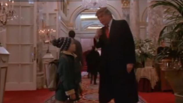 """Una de las apariciones más famosas del magnate fue en """"Mi pobre angelito"""" (1990), junto a Macaulay Culkin."""
