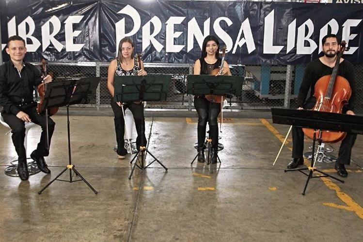Álvaro Reyes, Rosario Vásquez, Iunuhé de Gandarias y Kenneth Vásquez integran el Cuarteto Asturias.