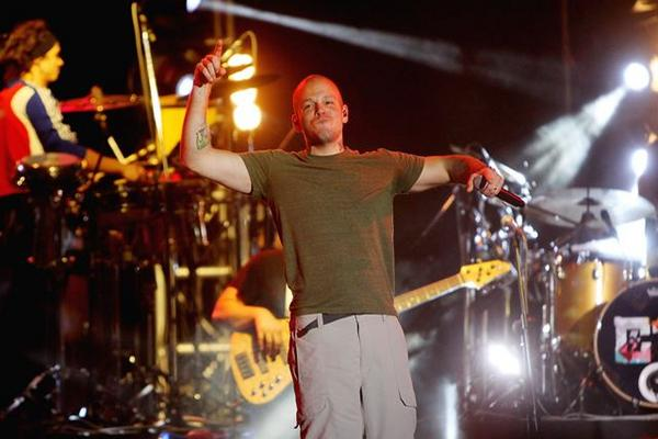 <p>René Pérez de Calle 13, motiva a sus seguidores a piratear el álbum Multiviral. (Foto Prensa Libre: EFE)</p>