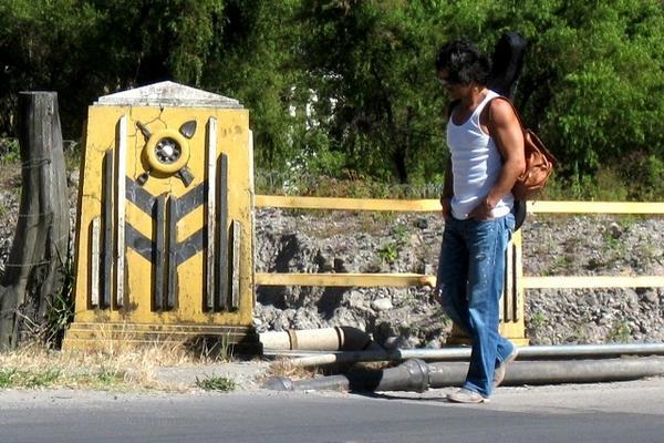 """<p>El cantaautor Ricardo Arjona, durante la toma del video clip en Sololá<br _mce_bogus=""""1""""></p>"""