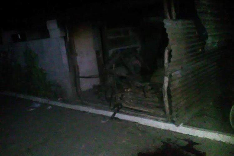 Lugar donde fue atacada la víctima, en Champerico, Retalhuleu. (Foto Prensa Libre: Jorge Tizol).