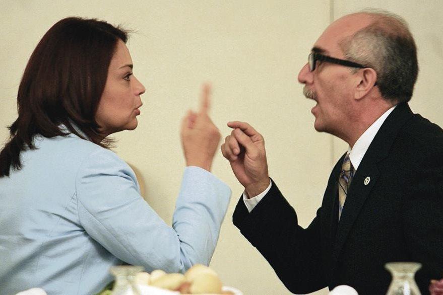 Durante el gobierno de la UNE, Baldetti realizó una férrea oposición desde el Partido Patriota. (Foto: Hemeroteca PL)