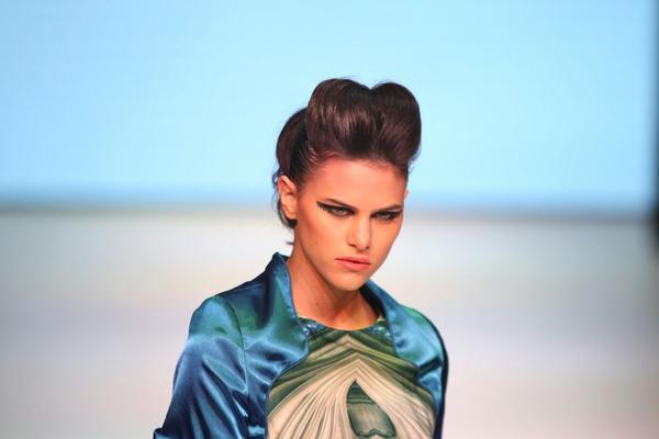 Las modelos mostraron su lado más elegante y bello. (Foto Prensa Libre: Esbin García)