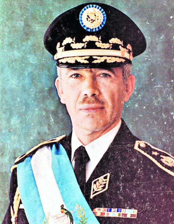 Kjell Laugerud, presidente del país en 1976, y a quien correspondió enfrentar emergencias por el terremoto del 4 de febrero. (Foto: Hemeroteca PL)