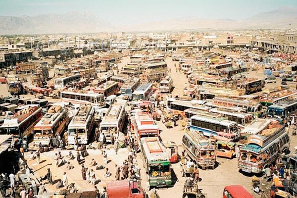 Los autobuses son blanco de ataques por grupos secesionistas, milicias islamistas y redes mafiosas que operan en ese país.