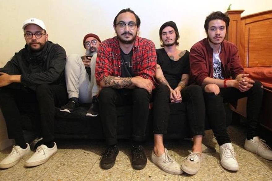 La banda Easy Easy trabaja en la producción de nuevos temas. (Foto Prensa Libre: Keneth Cruz)