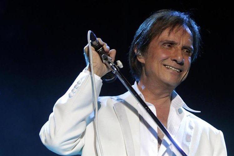 Roberto Carlos es uno de los accionistas de Happy Song, empresa involucrada en el escándalo. (Foto Prensa Libre: Hemeroteca PL)