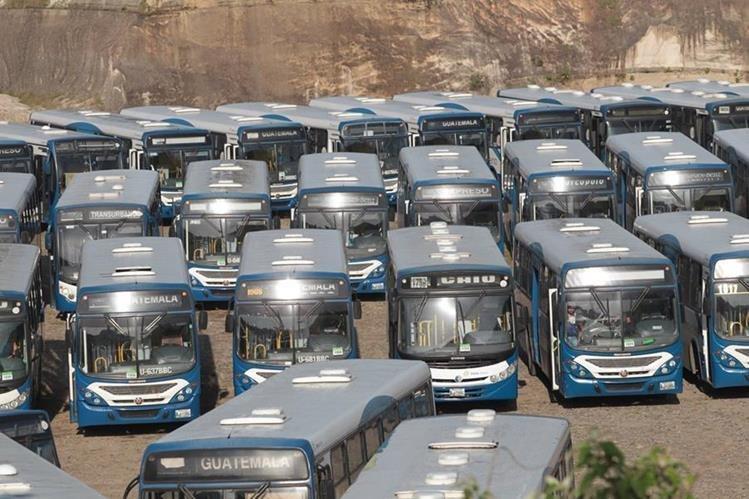 Empresarios vinculados al Transurbano financiarían los nuevos autobuses con sistema prepago en Mixco. (Foto Prensa Libre: Hemeroteca PL)