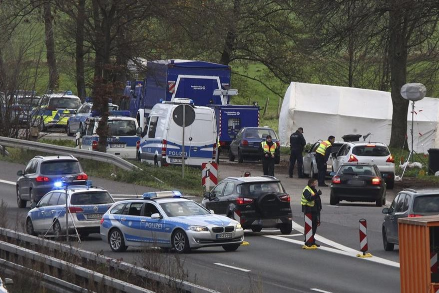Alemania refuerza las medidas de seguridad tras los atentados del pasado 13 de noviembre en París. Foto Prensa Libre (EFE)