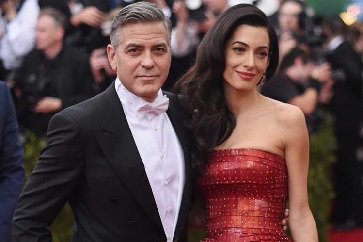 George Clooney y su esposa, Amal, esperan la llegada de su primer hijo en junio. (Foto Prensa Libre: Business Insider)