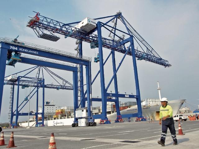 Las terminales portuarias deberán implementar varias acciones que requirió la Intendencia de Aduanas. (Foto Prensa Libre: Hemeroteca)