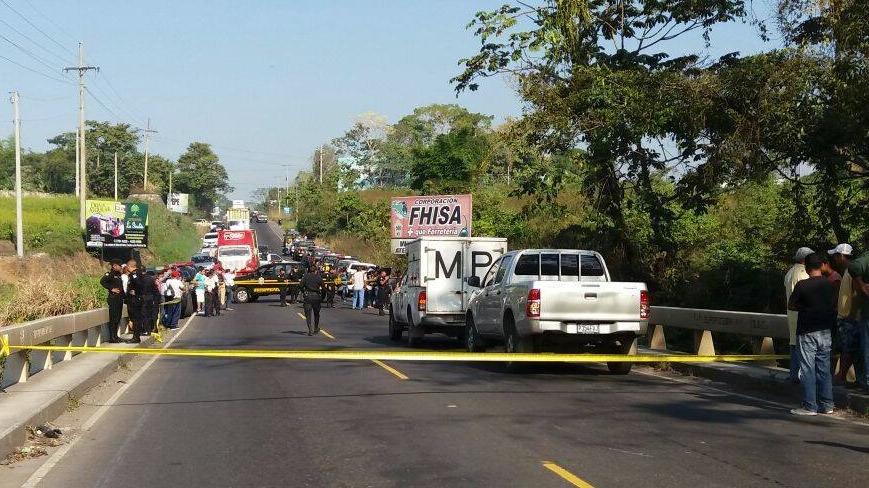 El cadáver del alcalde Rodríguez fue hallado en un camino hacia el preventivo de Mazatenango, Suchitepéquez. (Foto Prensa Libre: Eliú Morales)