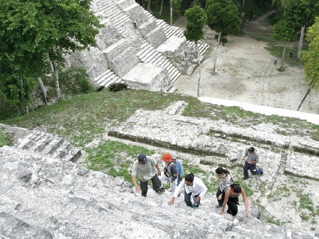 La alianza entre autoridades, comunidades y empresarios combina destinos de Petén y Chiapas.
