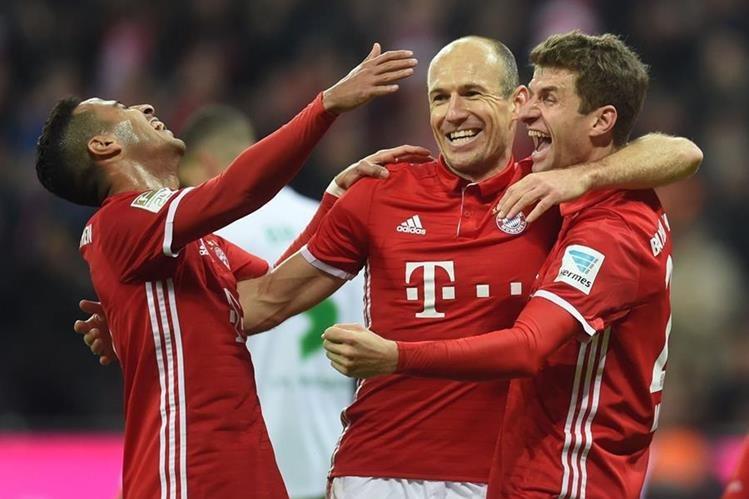 Este sábado todo fue alegría para los jugadores del Bayern. (Foto Prensa Libre: AFP)