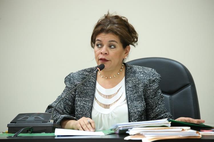 La jueza Carol Patricia Flores fue amparada por la CC, por lo que mantiene su inmunidad. (Foto Prensa Libre: hemeroteca PL)