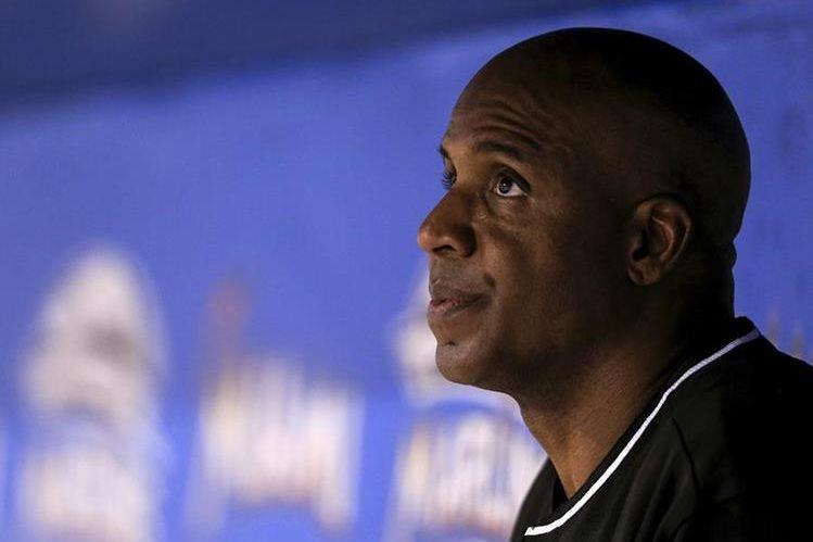 Barry Bonds quedó fuera de los Marlins. (Foto Prensa Libre: AFP)