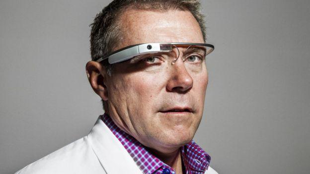 """Las gafas """"Google Glass"""" no llegaron a causar furor ni a generar muchas ventas. (GETTY IMAGES)"""