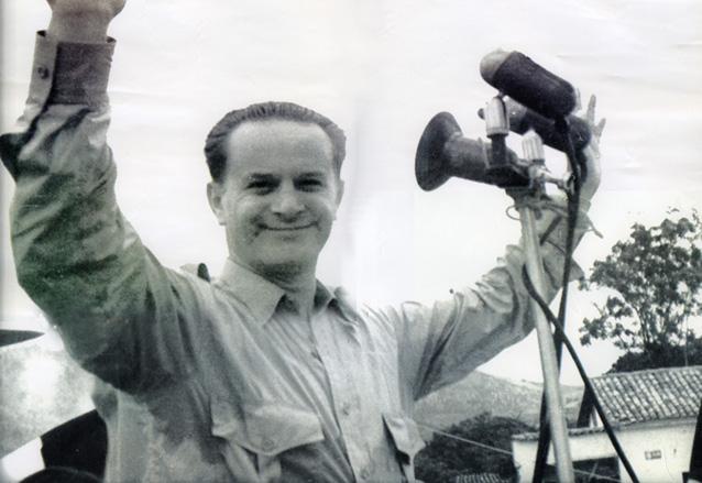 El coronel Árbenz durante la campaña electoral de 1950. (Foto: Hemeroteca PL)