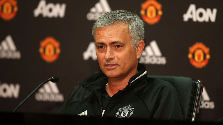 José Mourinho intenta guíar al Mánchester United a su primer título de la Liga de Europa. (Foto Prensa Libre: Hemeroteca)