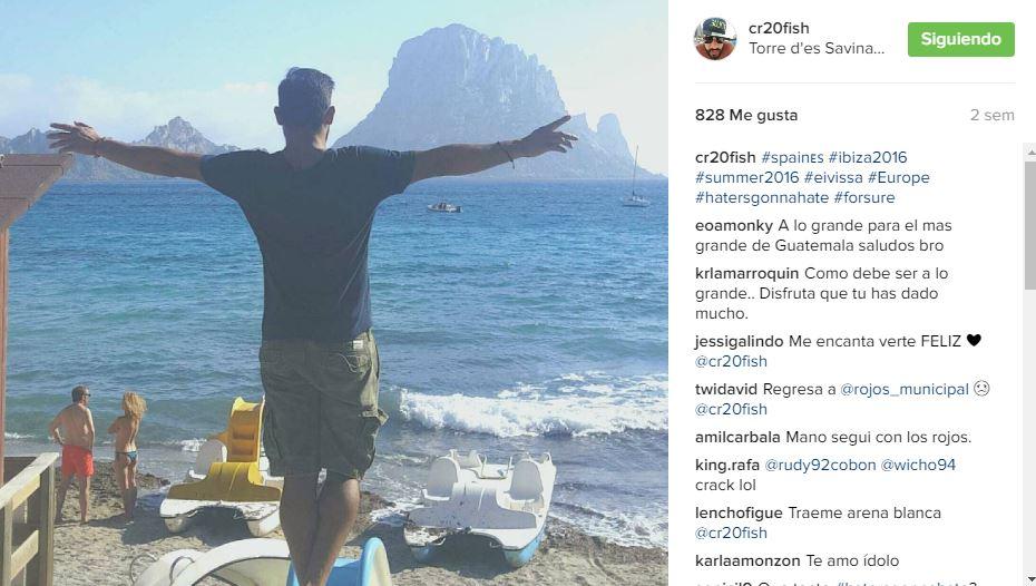 Ruiz aún no tiene club y disputará la eliminatoria mundialista con Guatemala. (Foto Prensa Libre: Carlos Ruiz/Instagram)