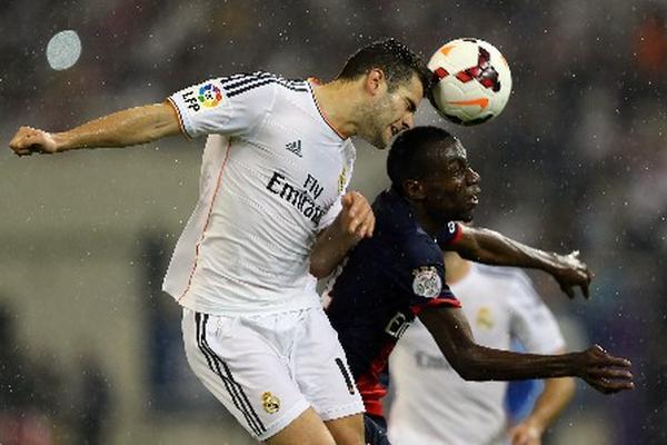 Con gol de Jesé, el Real Madrid venció 1-0 al PSG en el amistoso disputado en Doha. (Foto Prensa Libre: AFP).
