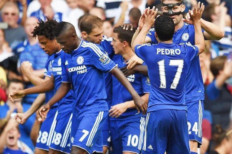 El Chelsea recuperó la sonrisa en la Premier League. (Foto Prensa Libre: EFE)