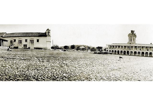 La plazuela de Chiantla, Huehuetenango en 1930. (Foto: Hemeroteca PL)