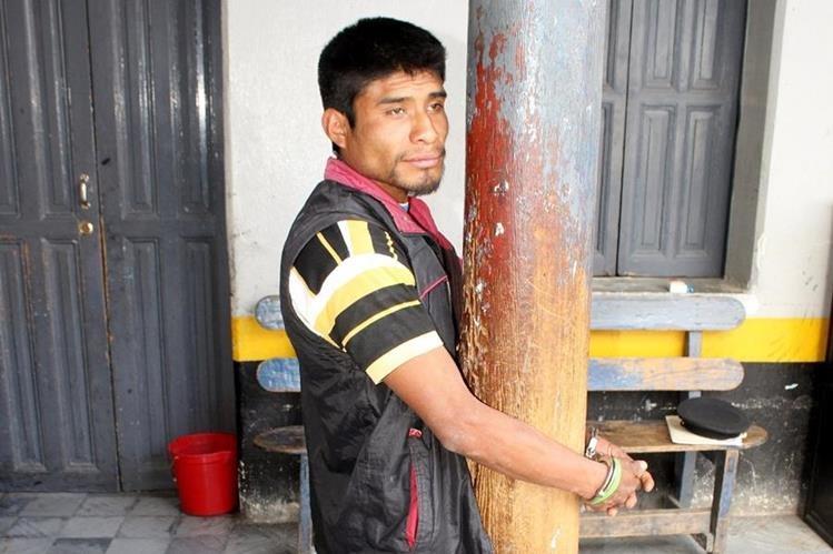 Pedro Tecún Pérez en señalado de robo en Chihicastenango. (Foto Prensa Libre: Óscar Figueroa).