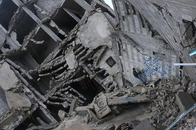 Siria vive una guerra civil desde hace cinco años, que ha dejado miles de muertos y daños materiales. (AP)