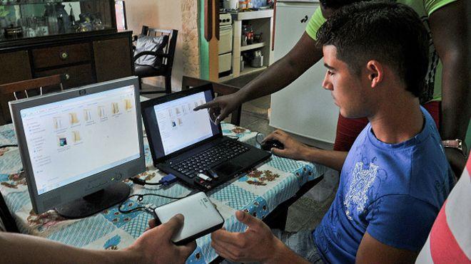 Cuba avanza en la producción de computadoras. (Foto: Hemeroteca PL)