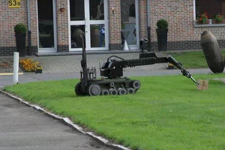 Un robot similar con explosivos para matar se utlizó para matar al francotirador.