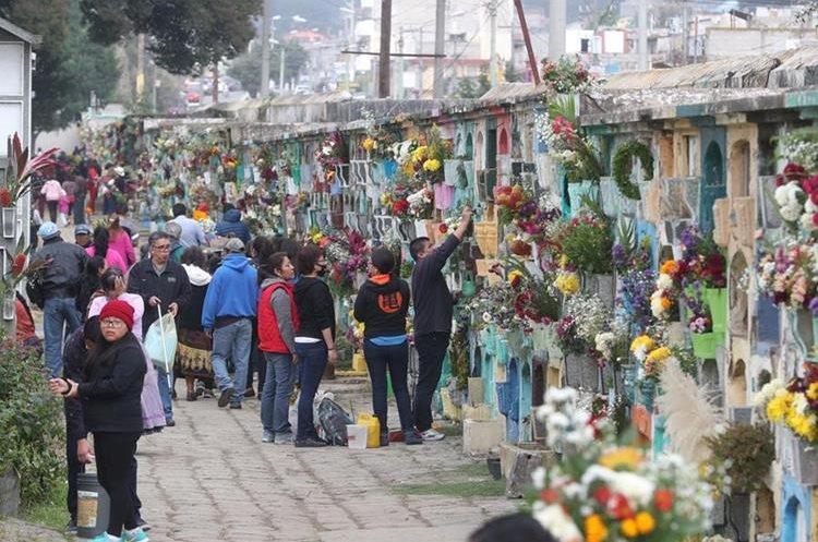 El cementerio de Xela también ha sido visitado